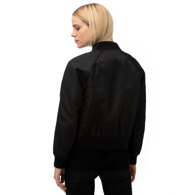 Burberry Kadın Siyah Mont